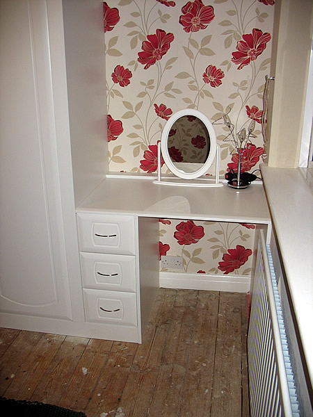 Bedroom furniture fitting